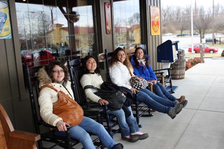 Manuela, Carolline, Cinthia, Amanda